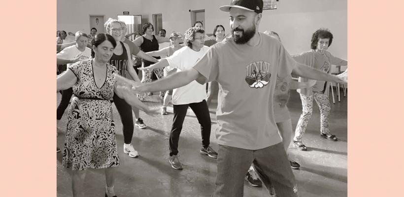 MAE Maria Rosa investe no Hip hop e garante convivência intergeracional