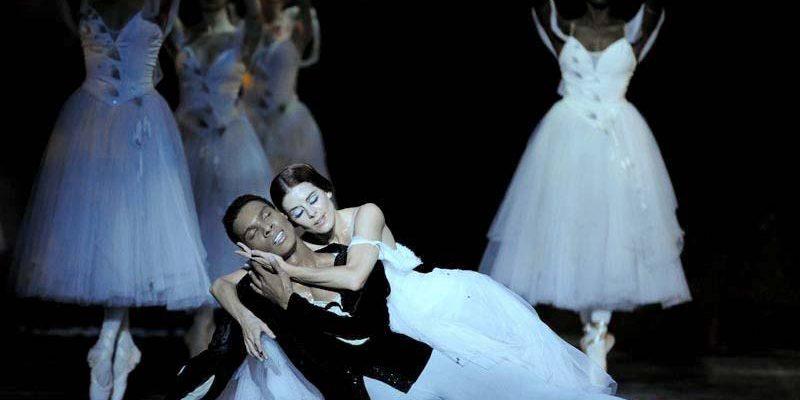 Arte gera oportunidade para jovem bailarino ganhar o mundo