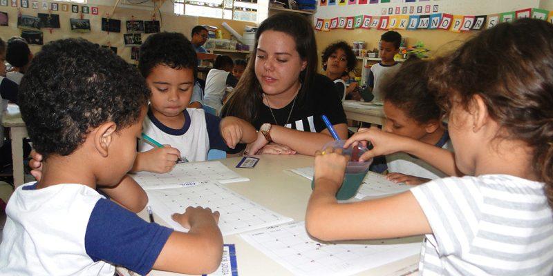 Fundação FEAC comemora Dia Nacional doVoluntariado  com qualificação de práticas solidárias